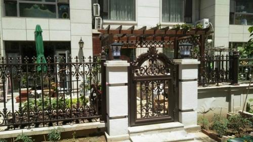 全新铝艺大门、围栏